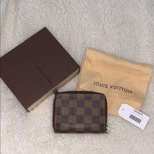 Louis Vuitton zippy Colin purse damier
